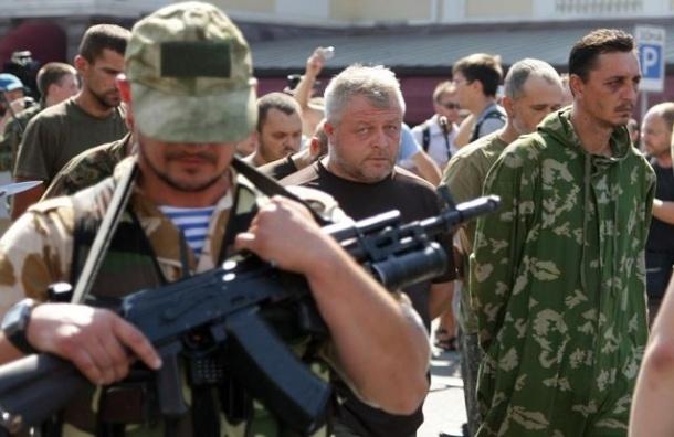 ДНР приняла предложение Путина выпустить украинских военных из окружения