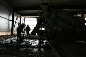 Бетономешалка оторвала ноги мигранту в Ленобласти