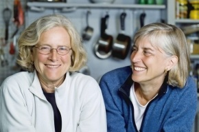 Учёные: Дружба с соседями снижает риск сердечно-сосудистых заболеваний