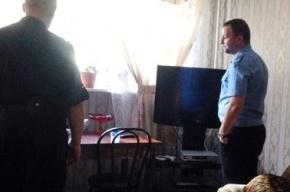У семьи петербуржцев отобрали телевизор из-за долга за свет