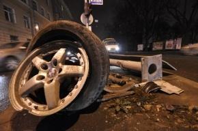 На Софийской улице в массовом ДТП участвовали два грузовика