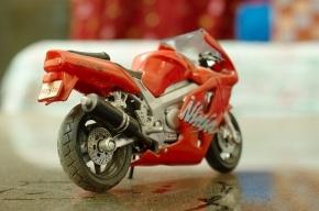 На Кубинской улице столкнулись с КамАЗ и мотоцикл