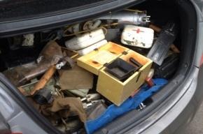 В Петербурге в иномарке нашли арсенал оружия