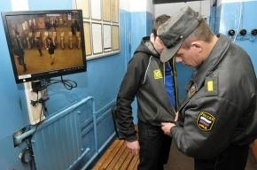В Невском районе пьяный прораб избил двоих полицейских