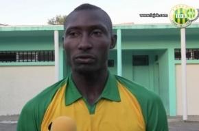 В Алжире футболист умер от брошенного с трибуны предмета