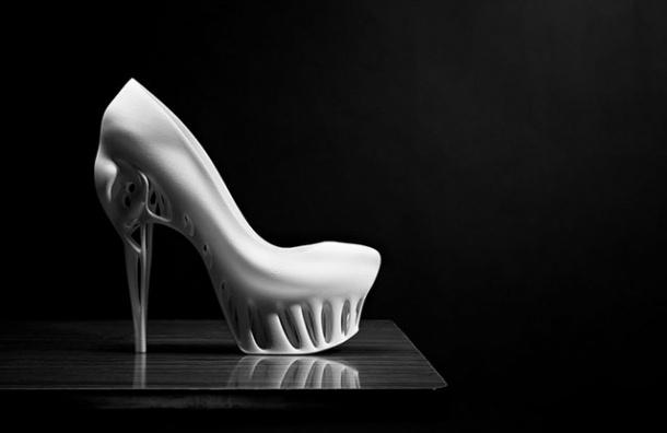 В Петербурге прошел показ одежды, напечатанной на 3D-принтере