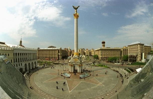 Во время субботника на Майдане загорелась палатка