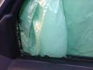 В автомобиле исполнительного директора «Солдатских матерей Петербурга» разбили стекла: Фоторепортаж