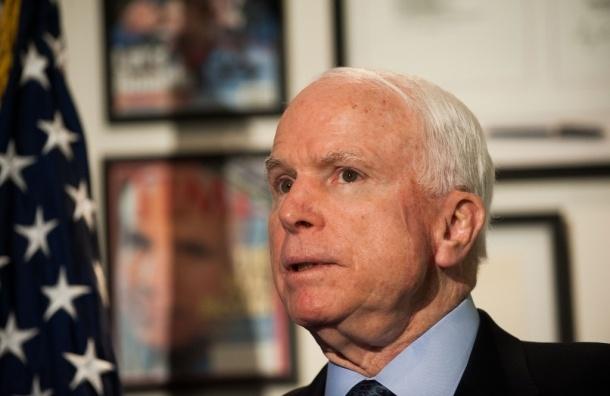 Американские сенаторы призвали отправить военную помощь Украине