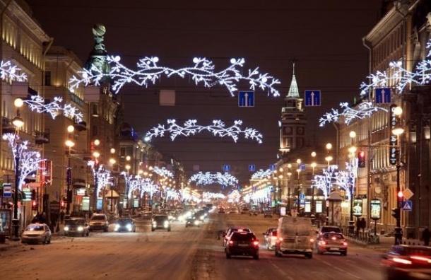 Смольный потратит на украшение города к Новому году 150 млн