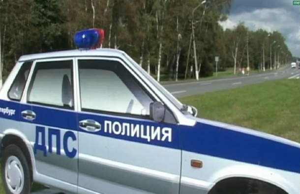 На Приморском шоссе установили муляж автомобиля ГИБДД