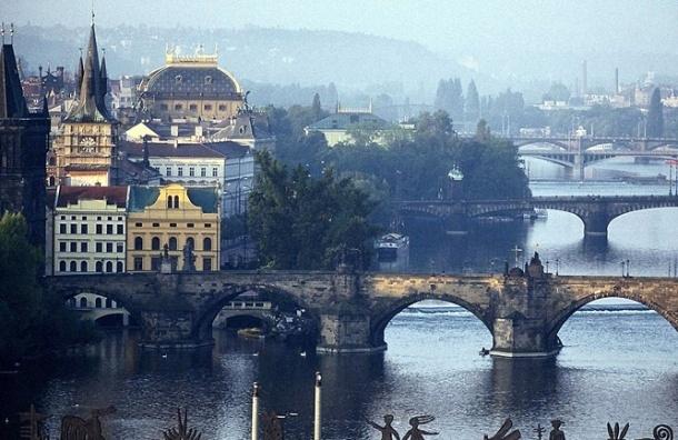 Смольный заявил об обиде на Прагу