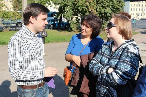 Екатерингофский округ вышел на народный сход против фальсификации выборов: Фото
