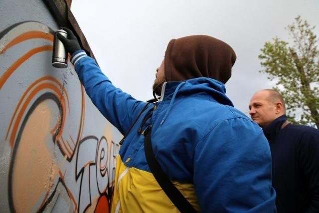 Первую легальную стену для граффити открыли в Петербурге: Фото