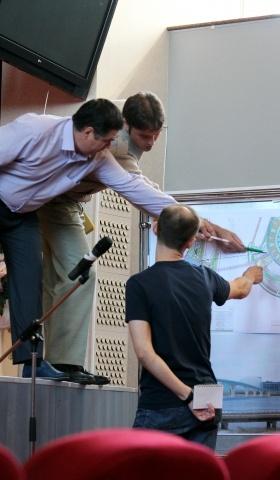 Общественные слушания по мосту на Крестовский: Фото