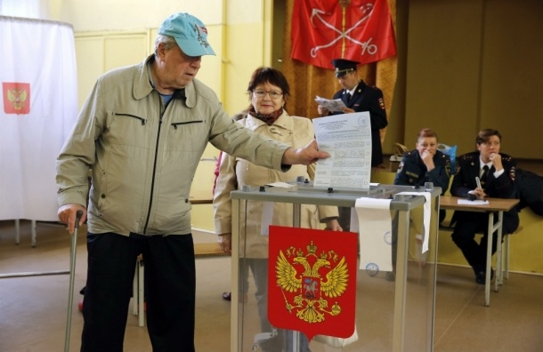 Десять петербургских муниципалов набрали более 100% голосов