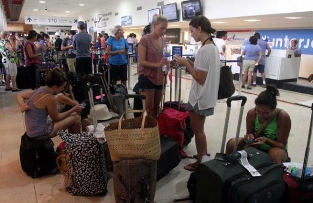 За границей остаются 4 тысячи клиентов «Версы»