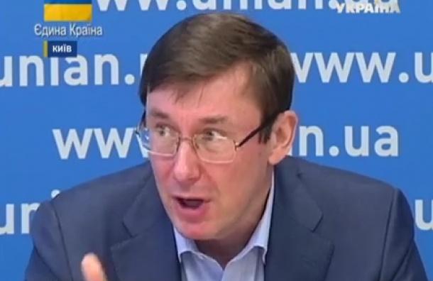 Советник Порошенко назвал страны-поставщики оружия на Украину