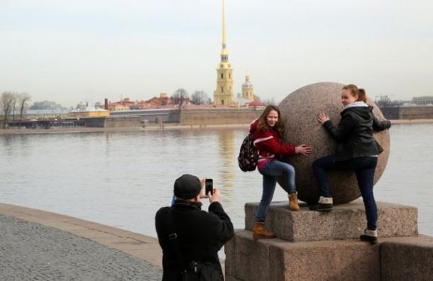Петербург стал вторым в рейтинге самых дешевых туристических центров