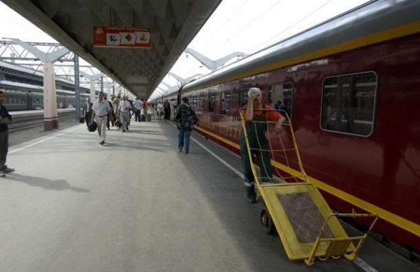 По делу о нелегальной миграции на Московском вокзале задержали проводника