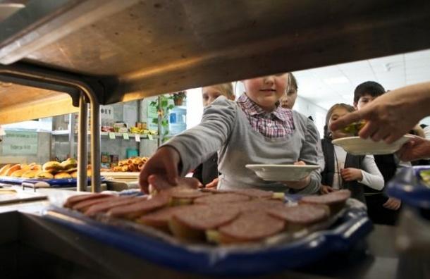В петербургском лицее 170 учеников не пришли на занятия из-за инфекции