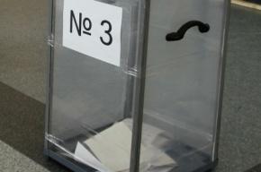 В Невском районе избирательная комиссия сбежала от журналистов