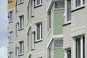 На юге Москвы мать выбросилась из окна с семилетней дочерью