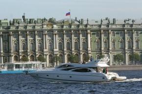 В Петербурге пьяный капитан катера выкинул пассажиров за борт