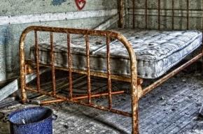 В Петербурге мать привязывала детей к кровати и избивала