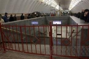 На станции метро «Садовая» умер 70-летний мужчина