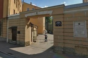 Участок на Васильевском острове продают под элитное жилье