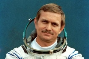 Скончался советский космонавт Анатолий Березовой