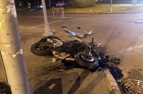 Байкер пострадал в ДТП на Васильевском острове