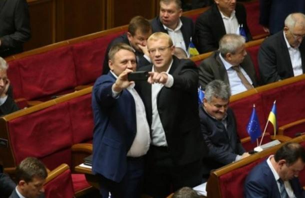 В Раде рассмотрят законопроект о выходе из СНГ