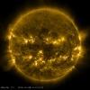 НАСА опубликовала фото Солнца, похожее на тыкву для Хэллоуина: Фоторепортаж
