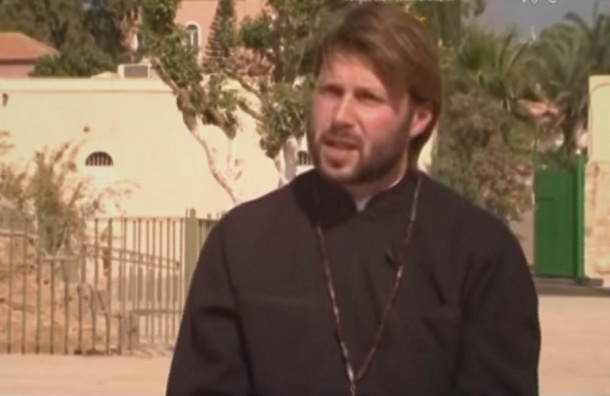 Суд в Израиле оставил под стражей петербургского священника Грозовского