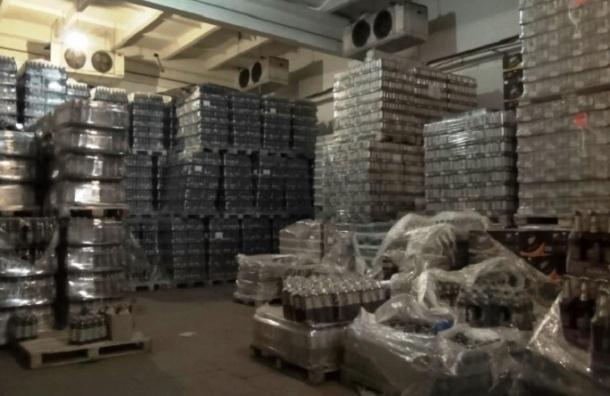 В Петербурге изъяли 150 тысяч бутылок поддельной водки
