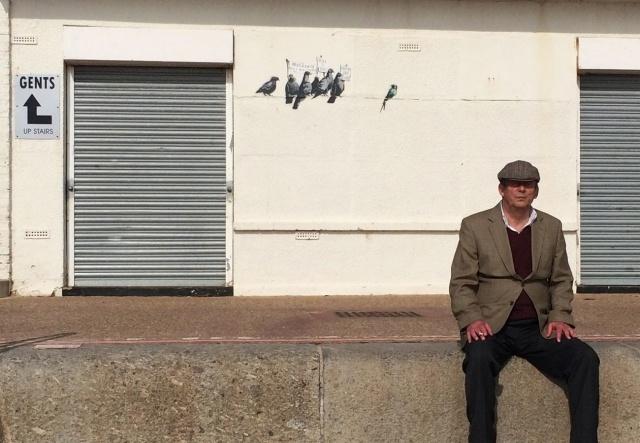 В Британии уничтожили граффити Бэнкси стоимостью 400 тысяч фунтов: Фото