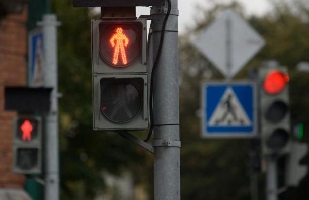 В Петербурге сбой на ТЭЦ отключил 36 светофоров и эскалаторы на семи станциях метро
