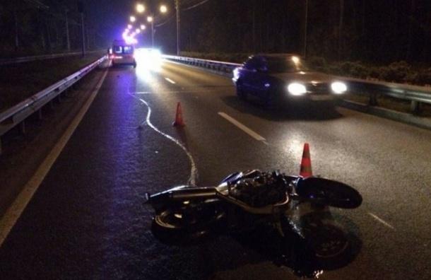 В Петербурге байкеру в ДТП оторвало ступни