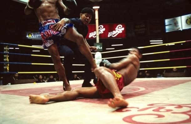 В Петербурге турнир по тайскому боксу завершился массовой дракой