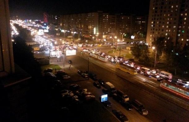 В Петербурге иномарка влетела в трамвай с пассажирами