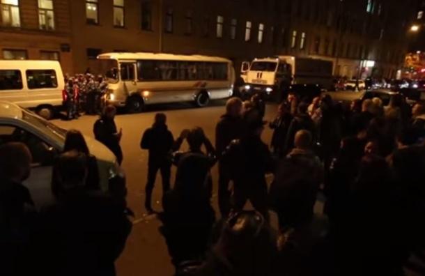 В Петербурге задержали 18 фанатов Cannibal Corpse