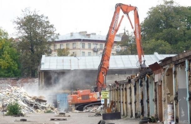 В Петербурге снесен исторический корпус Мытного двора