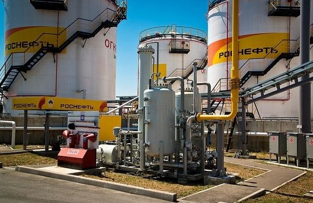 «Роснефть» обвинила Саудовскую Аравию в падении цен на нефть