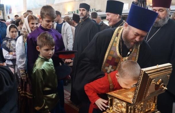 В Петербург доставили мощи Сергия Радонежского
