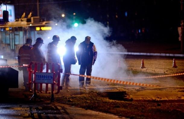 Движение на Пражской улице ограничено из-за прорыва трубы