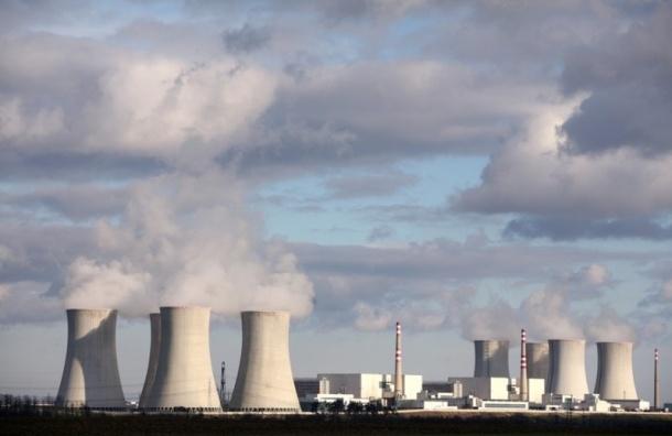 На ЛАЭС по неизвестным причинам отключился третий энергоблок