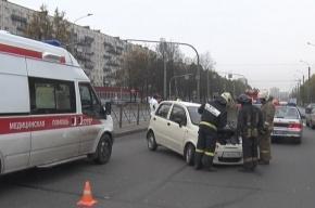 В Московском районе иномарка протаранила грузовик