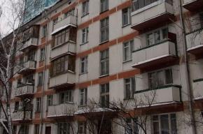 В Выборгском районе девушка погибла, выпав с третьего этажа